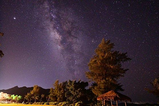 夜には星空を眺めることもできます