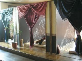 プライベートな個室空間で日々の疲れを癒してください